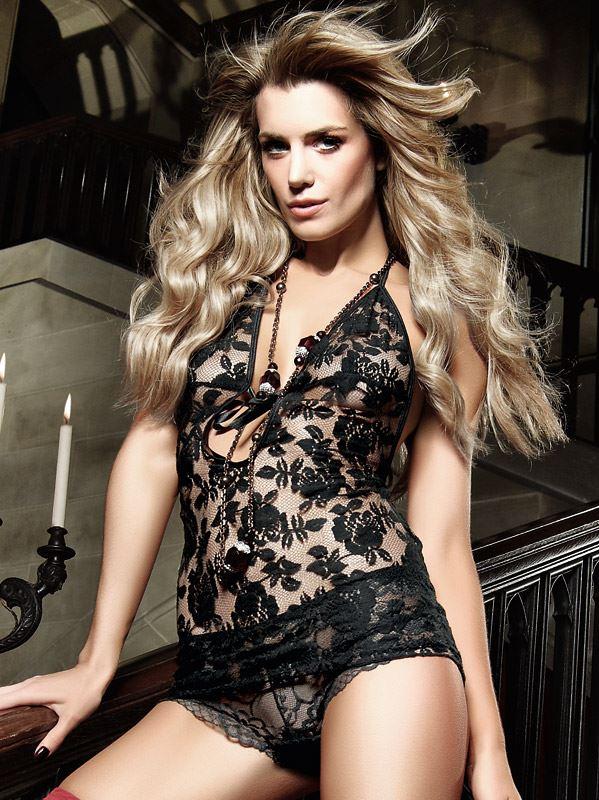 Baci Lingerie – Sort halterneck-kjole af blonder