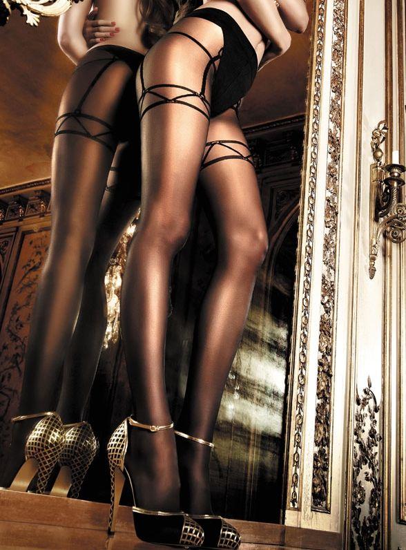 Baci Lingerie - Sorte strømpebukser med heldækkende strømpeholdermønster